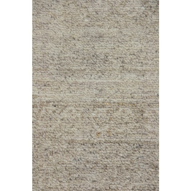 "Contemporary Vibrance Hand Knotted Area Rug - 5'6"" X 7'10"" For Sale - Image 3 of 3"