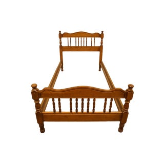 20th Century Early American High End Colonial Style Maple Twin Size Spindle Bedframe For Sale