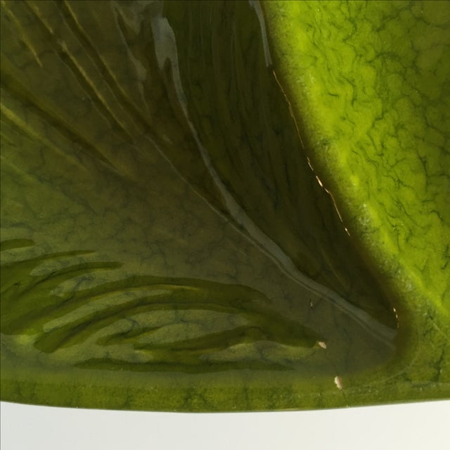 Mid-Century Green Leaf Serving Dish - Image 8 of 9