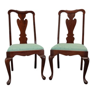Pennsylvania House Solid Cherry Queen Anne Dining Side Chairs - Pair 1 For Sale