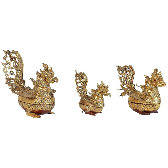 Hintha Burmese Bird-Shaped Betel Gold Lacquered Boxes - Set of 3 For Sale