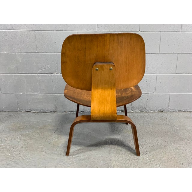 Mid-Century Modern Mid-Century Charles Eames Lcw Herman Miller Lounge Chair For Sale - Image 3 of 11