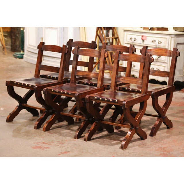 Spanish Carved Oak and Leather Dining Chairs, Set of 6 Side Chairs 2 Armchairs For Sale - Image 4 of 9