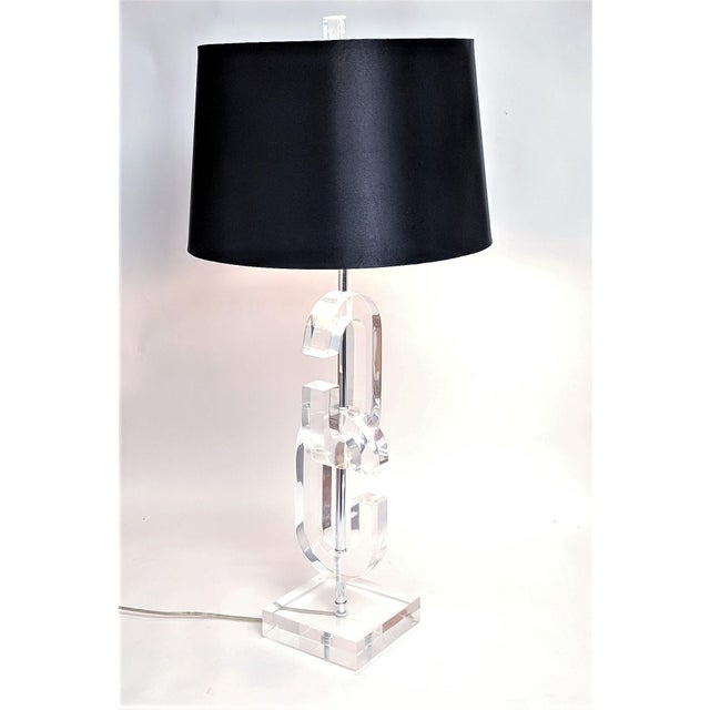 """Lucite """"Cc"""" Table Lamps in the Manner of Chanel - A Pair For Sale - Image 10 of 11"""