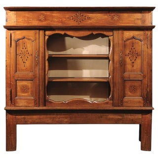 French Fruitwood Mid-19th Century Vaisselier with Open Shelving and Star Inlay