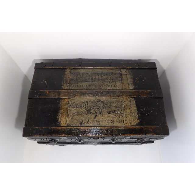 Cast Iron Late 19th Century Antique Crouch & Fitzgerald Coffee Table/Steamer Trunk For Sale - Image 7 of 11