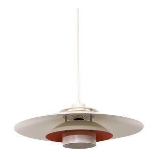 Design Light Danish White/Red Pendant Lamp