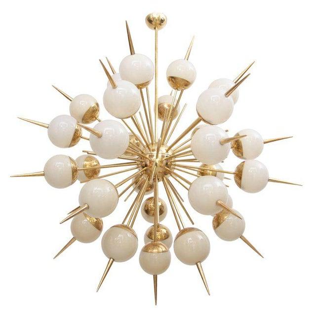 Brass Huge Sputnik Murano Glass and Brass Chandelier Attributed to Stilnovo For Sale - Image 7 of 7