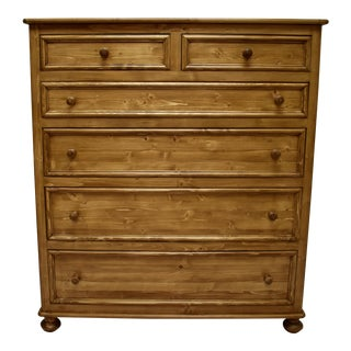 Pine English-Style Gentleman's Chest of Drawers For Sale
