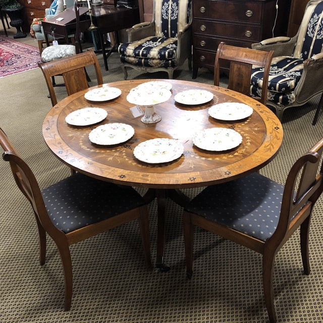 Early 20th Century Neoclassical Inlaid Oval Table & 4 Chairs - 5 Pieces For Sale - Image 5 of 10