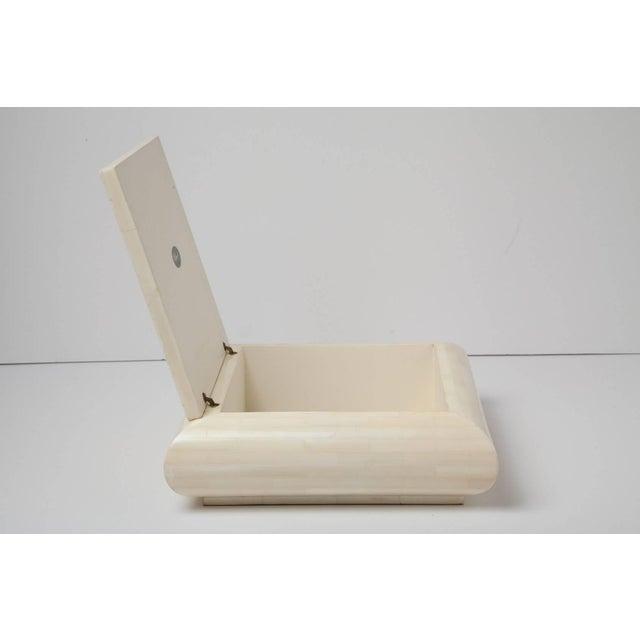 Contemporary Large Alberto Escobar Tessellated Bone Box, Circa 1980 For Sale - Image 3 of 11