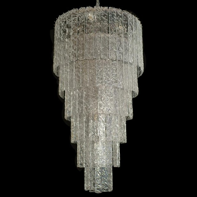 A very impressive 12 light bulbs ceiling light designed by Barovier & Toso Murano Conditions : perfect MEASUREMENTS...