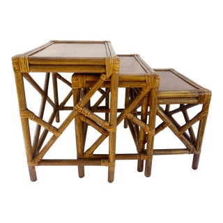 Mid-Century Rattan Nesting Side Tables || X3 Chippendale Fretwork Rattan & Walnut Wood Fretwork Stacking Tables For Sale