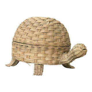 Vintage Wicker Rattan Turtle Basket With Hinged Lid For Sale