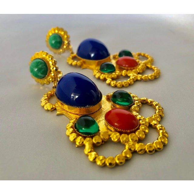 1960s Gold Egyptian Revival Ornate Statement Earrings For Sale - Image 5 of 7