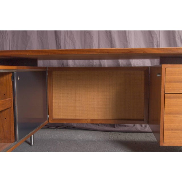Mid-Century Modern Executive L-Shaped Desk Unit by George Nelson for Herman Miller For Sale - Image 3 of 10
