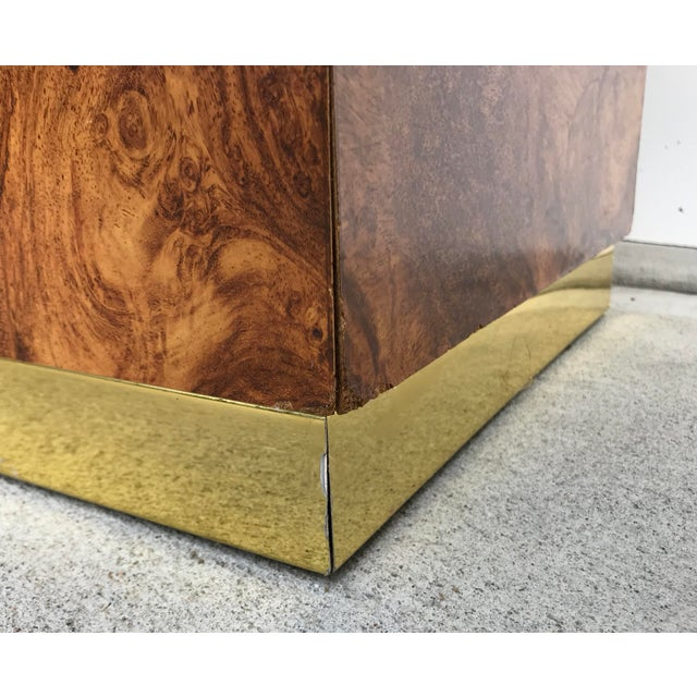 Faux Burl and Brass Accent Table For Sale - Image 9 of 10