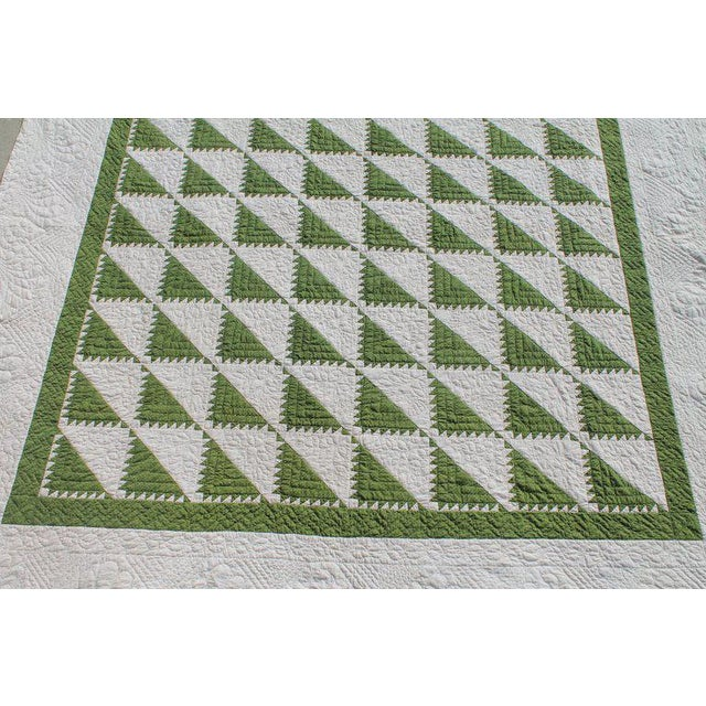 This amazing king size 19th century green and white delectable mountain pattern quilt is in pristine condition. The finest...