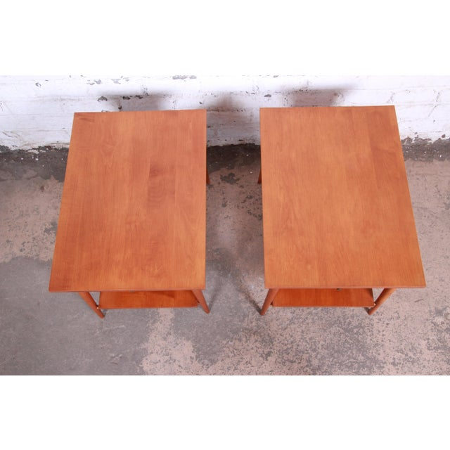 Gold Paul McCobb Planner Group Mid-Century Modern Nightstands or End Tables - a Pair For Sale - Image 8 of 13