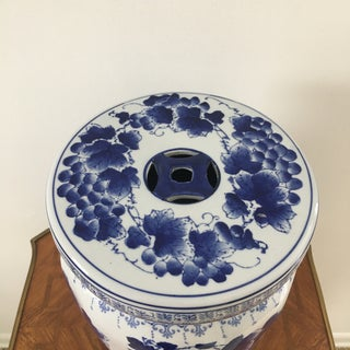 Chinese Blue and White Porcelain Garden Stand Preview
