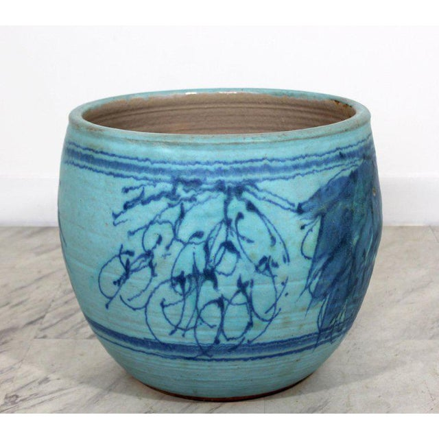 For your consideration is an rare exquisite, blue glazed ceramic pot, signed by J.T. Abernathy, circa the 1960s. Cranbrook...