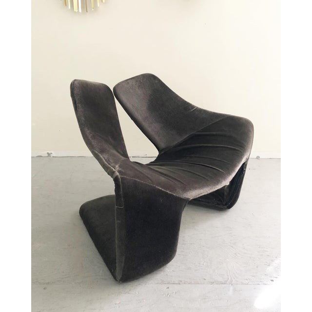 """Mid-Century Modern 1960s Vintage Space Age """"Zen"""" Lounge Chairs Designed by Kwok Hoi Chan for Steiner Paris For Sale - Image 3 of 7"""