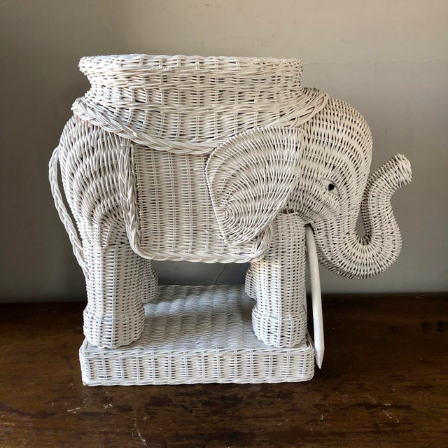 Mid 20th Century Vintage White Wicker Elephant Side Table For Sale - Image 5 of 7