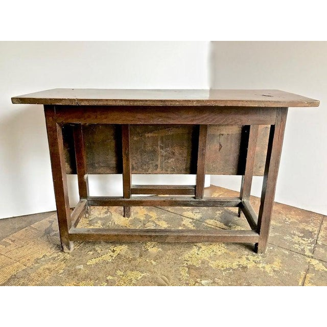 Arts & Crafts 17th Century English Gateleg Table For Sale - Image 3 of 8