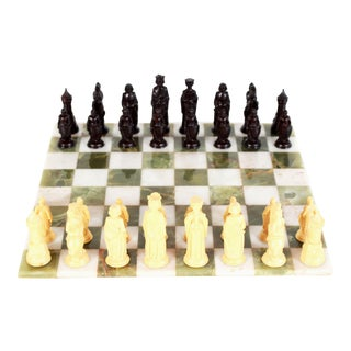 "Mid Century Modern 16"" Green Onyx & White Marble Chess Board & Renaissance Pieces - a Pair For Sale"