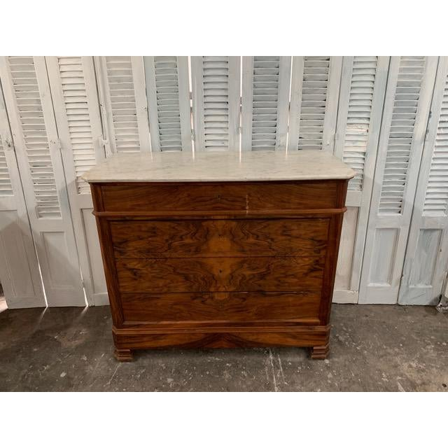 French Provincial 19th Century French Louis Philippe Bookmatched Commode With Marble Top For Sale - Image 3 of 12