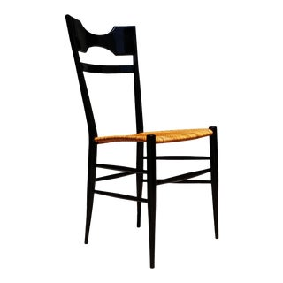 An Italian Mid-Century Modern Chiavari Single Chair in the Manner of Gio Ponti For Sale