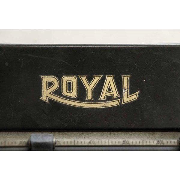 Vintage Royal Regal Typewriter - Image 3 of 9