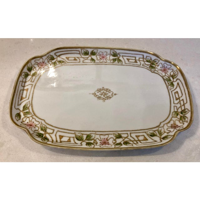 Lovely hand painted Morimura Nippon porcelain tray. Gilt and floral accents.