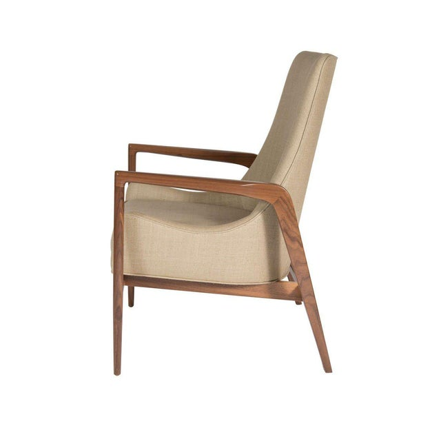 Mid-Century Modern Pair of Warren Walnut Lounge Chairs For Sale - Image 3 of 6
