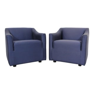 Pair of Vintage Modern Lounge/Club Chairs by Knoll For Sale
