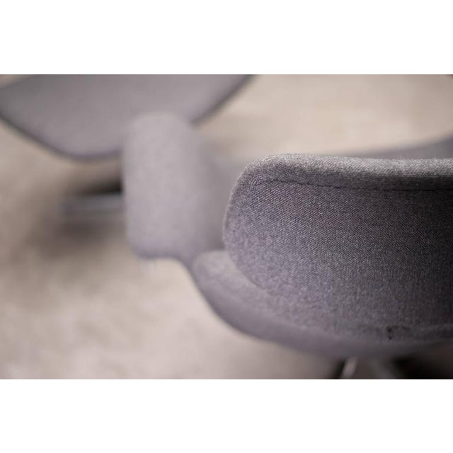 Pierre Paulin F545 Lounge Chair with Matching Footstool for Artifort For Sale - Image 6 of 9