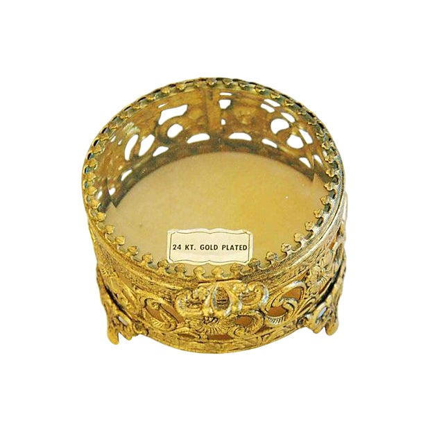 1960s Vintage 24k Gold-Plated Filigree Trinket Box For Sale In Los Angeles - Image 6 of 6