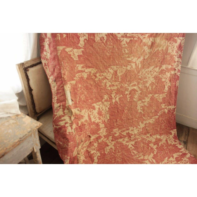 Antique French Toile l'Art d'Aimer Chef De Piece Bordeaux Coverlet For Sale - Image 4 of 12