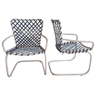 Classic Mid-Century Modern Russell Woodard Patio Spring Lounge Chairs - A Pair For Sale