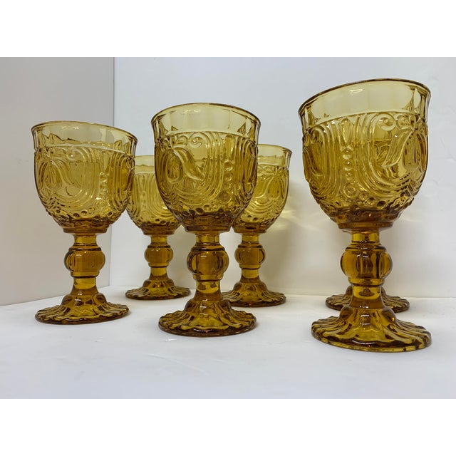 These 6 Vintage Goblets are in very excellent conditions. Were very well keep for all these years. Very elegante pieces...
