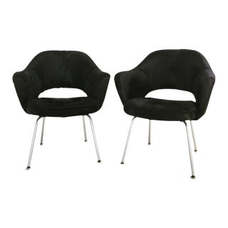 Forsyth One of a Kind Eero Saarinen for Knoll Armchairs in Natural Black Cowhide - Pair For Sale