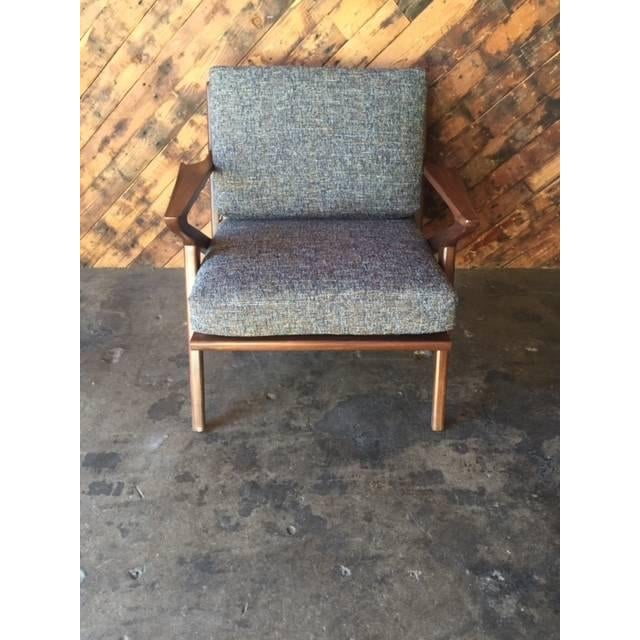 Mid-Century Modern Mid Century Custom Selig Style Z Chair For Sale - Image 3 of 8