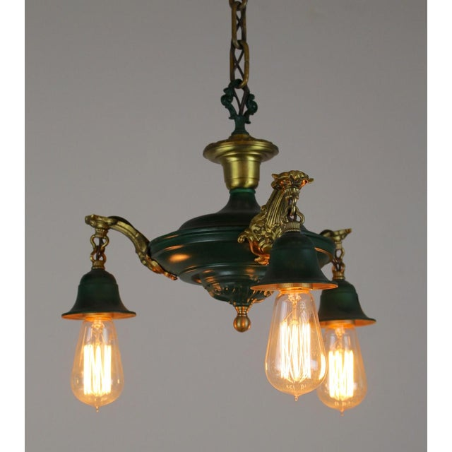 3 Light Pan Fixture in Gold & Green. - Image 5 of 8