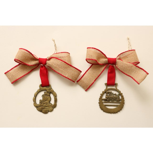 English Brass Horse Medallion Ornaments, S/6 For Sale - Image 4 of 5