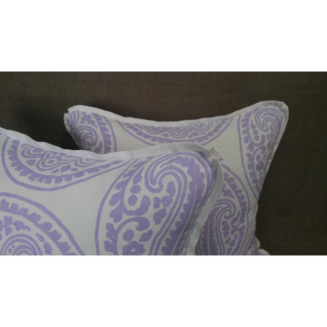 Raoul Textiles Mira Linen Print Lilac Throw Pillows - a Pair For Sale - Image 4 of 5