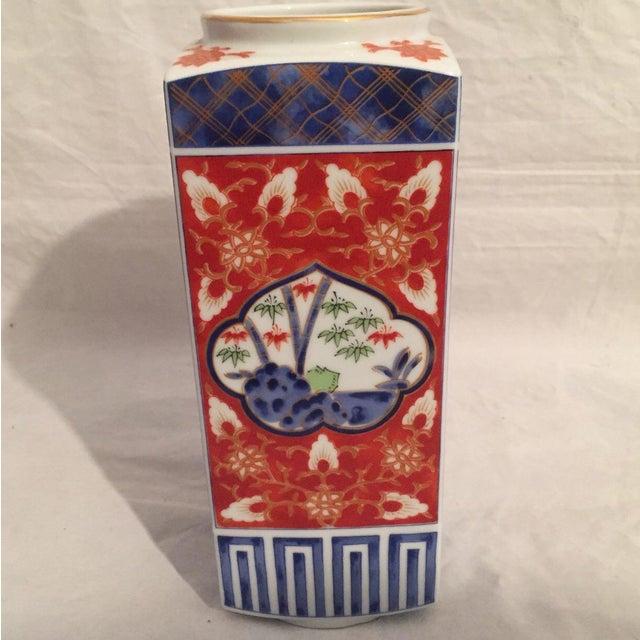 Fine vintage Japanese porcelain column vase by Takahashi San Francisco likely dates 1970's or later. Hand-painted Imari...
