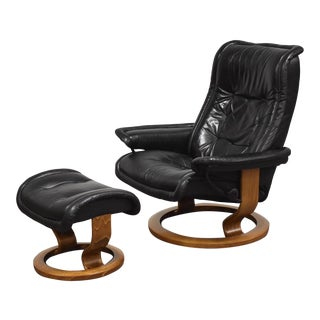 Black Leather Ekornes Stressless Lounge Chair and Ottoman For Sale
