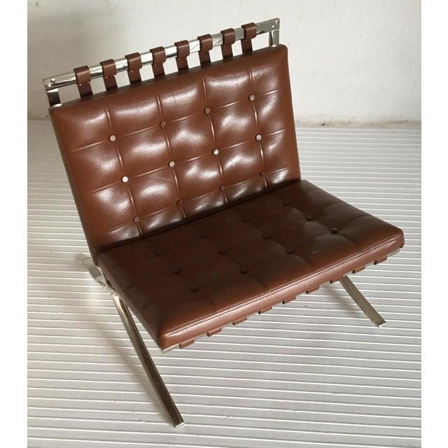 Miniature vitra design museum mr 90 barcelona chair for Vitra replica