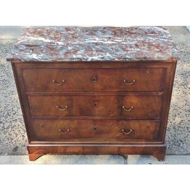 19th Century English Traditional Bronze Flamed Mahogany Commode For Sale - Image 10 of 11