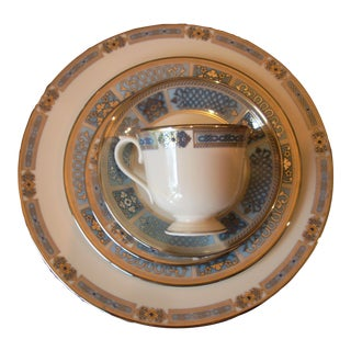 Traditional Lenox 5 Piece Place Setting - Sapphire Jewels For Sale